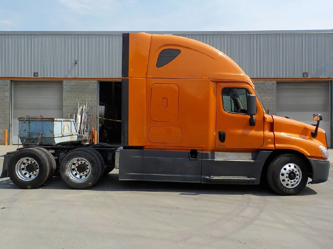 2014 Freightliner Cascadia for sale-59084805