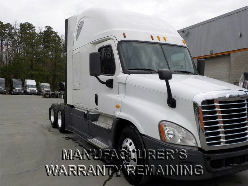 USED 2014 FREIGHTLINER CASCADIA SLEEPER TRUCK #116607