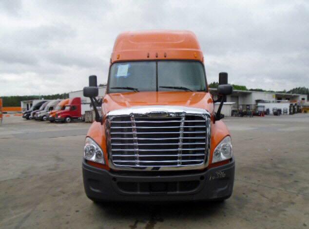 2014 Freightliner Cascadia for sale-59087673