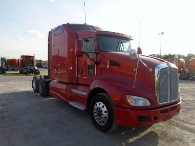 USED 2012 KENWORTH T660 SLEEPER TRUCK #48678