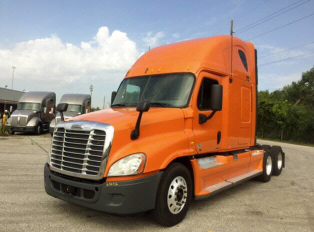 USED 2012 FREIGHTLINER CASCADIA SLEEPER TRUCK #86895