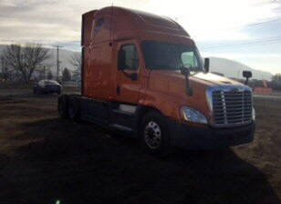 USED 2013 FREIGHTLINER CASCADIA SLEEPER TRUCK #107193