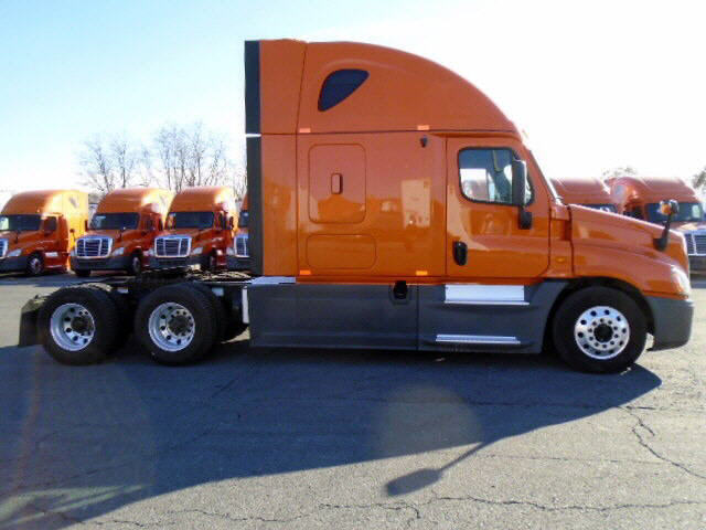 2013 Freightliner Cascadia for sale-59067180