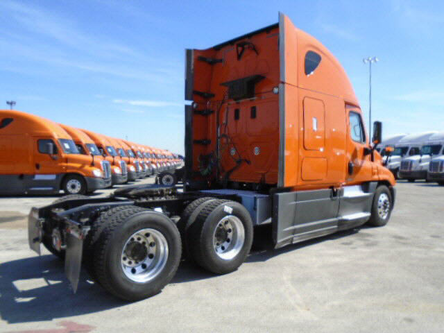 2014 Freightliner Cascadia for sale-59199401