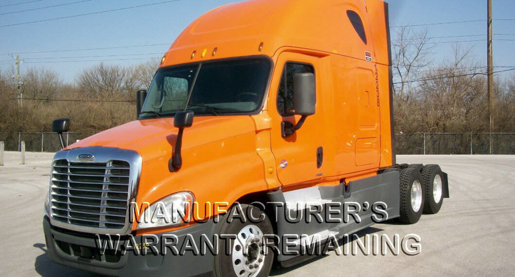 USED 2014 FREIGHTLINER CASCADIA SLEEPER TRUCK #120174