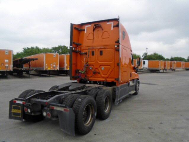 2014 Freightliner Cascadia for sale-59087676