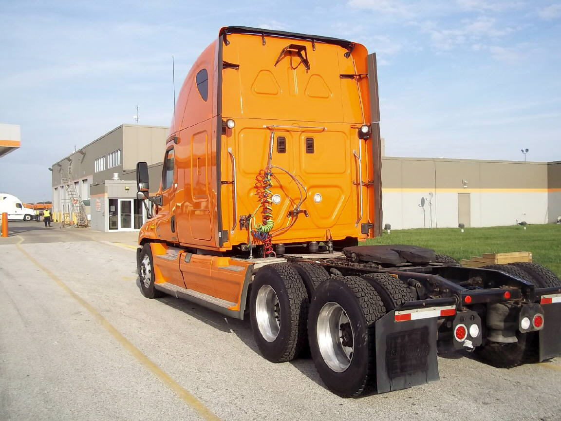 2012 Freightliner Cascadia for sale-56284971