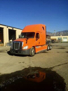 USED 2012 FREIGHTLINER CASCADIA SLEEPER TRUCK #54569