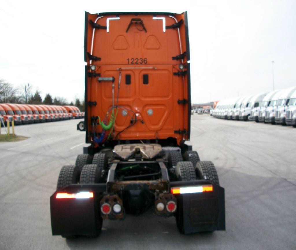 2014 Freightliner Cascadia for sale-59084775