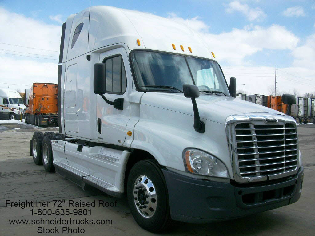 USED 2014 FREIGHTLINER CASCADIA SLEEPER TRUCK #118080