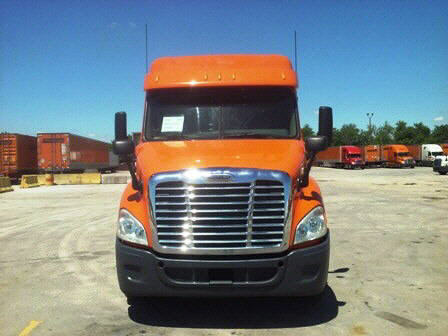 USED 2012 FREIGHTLINER CASCADIA SLEEPER TRUCK #32323
