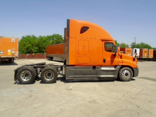2014 Freightliner Cascadia for sale-59108274
