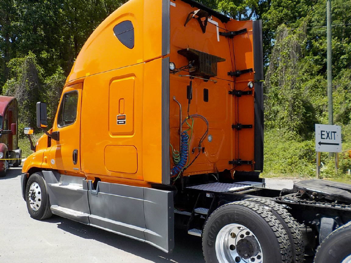 2014 Freightliner Cascadia for sale-59199435