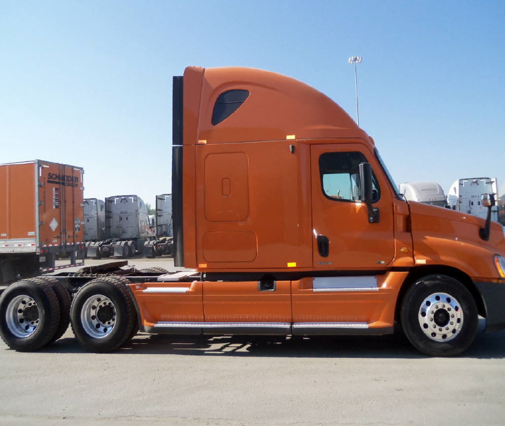 USED 2012 FREIGHTLINER CASCADIA SLEEPER TRUCK #86395