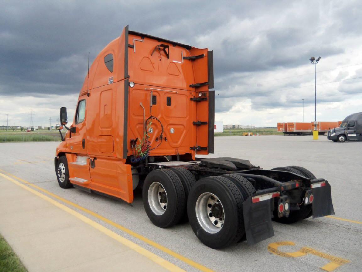 2013 Freightliner Cascadia for sale-56796431