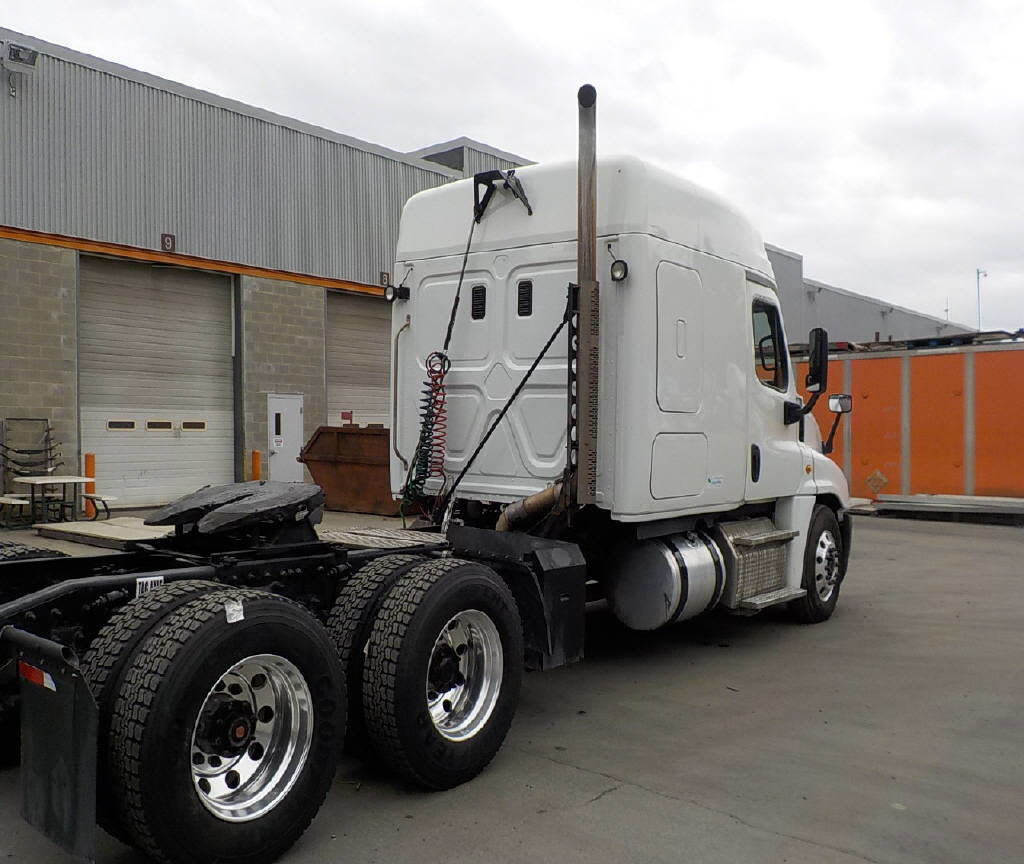 2015 Freightliner Cascadia EVO for sale-59108188