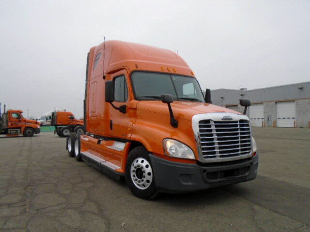 USED 2012 FREIGHTLINER CASCADIA SLEEPER TRUCK #61547