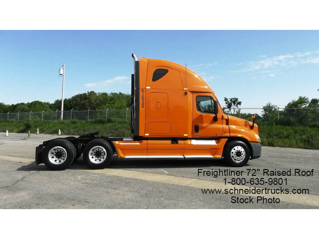 USED 2014 FREIGHTLINER CASCADIA SLEEPER TRUCK #118084