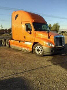 USED 2012 FREIGHTLINER CASCADIA SLEEPER TRUCK #48687