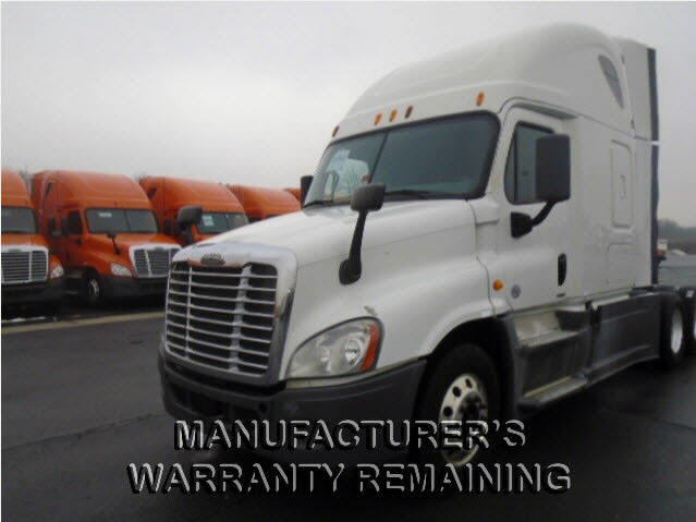 USED 2014 FREIGHTLINER CASCADIA SLEEPER TRUCK #118110