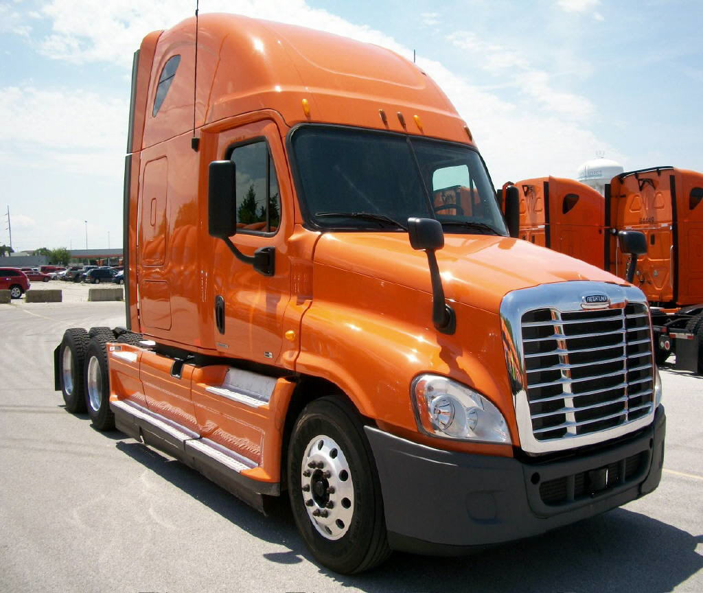 USED 2012 FREIGHTLINER CASCADIA SLEEPER TRUCK #88892