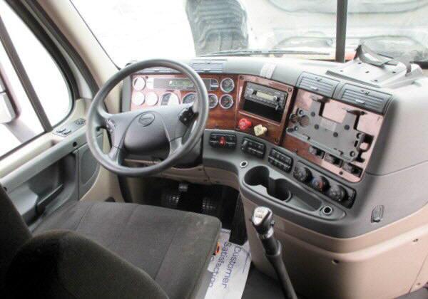 2011 Freightliner Cascadia for sale-56794911