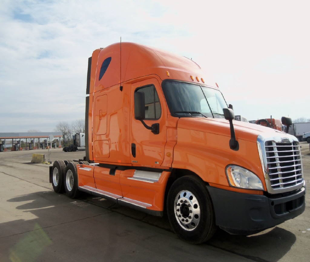 USED 2012 FREIGHTLINER CASCADIA SLEEPER TRUCK #54928