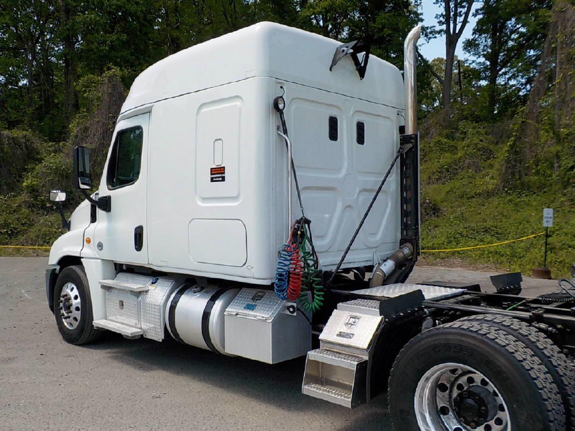 2015 Freightliner Cascadia EVO for sale-59084820