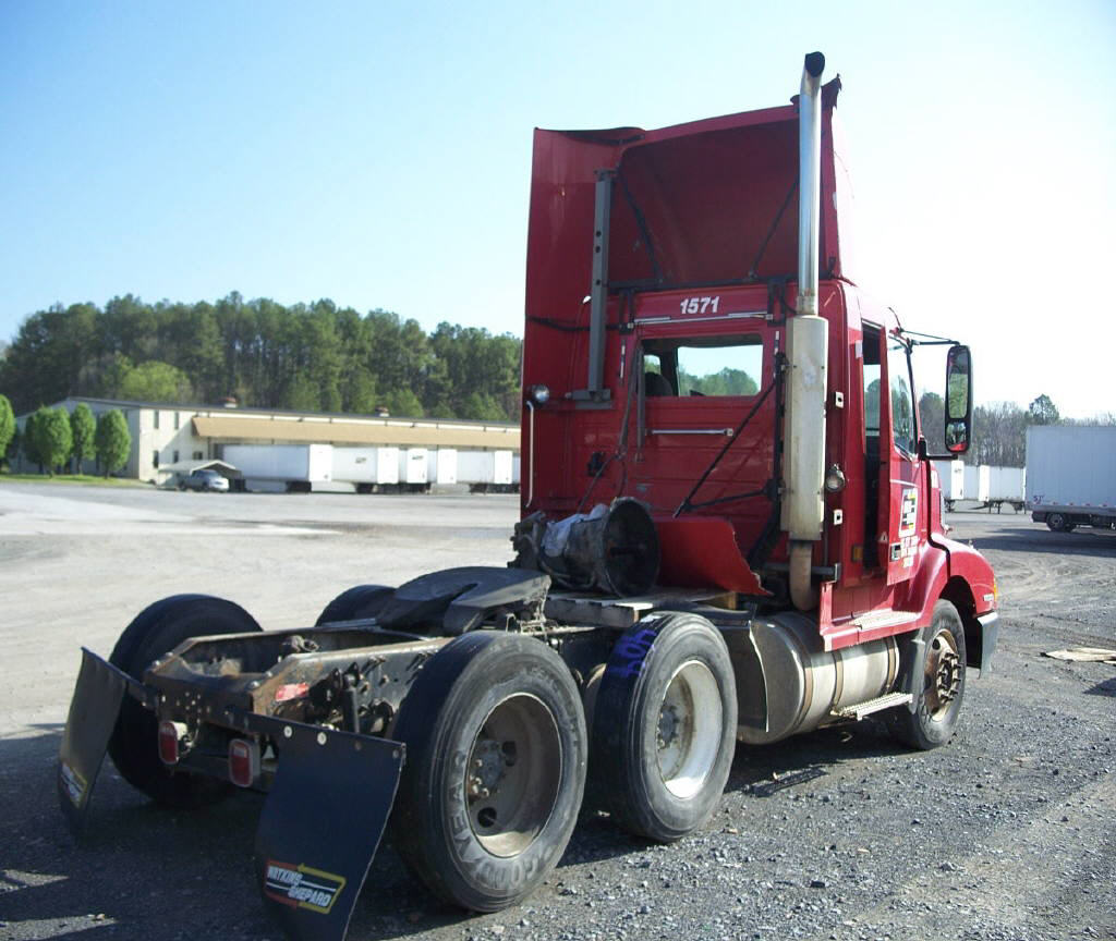 2002 Volvo 300 for sale-59067118