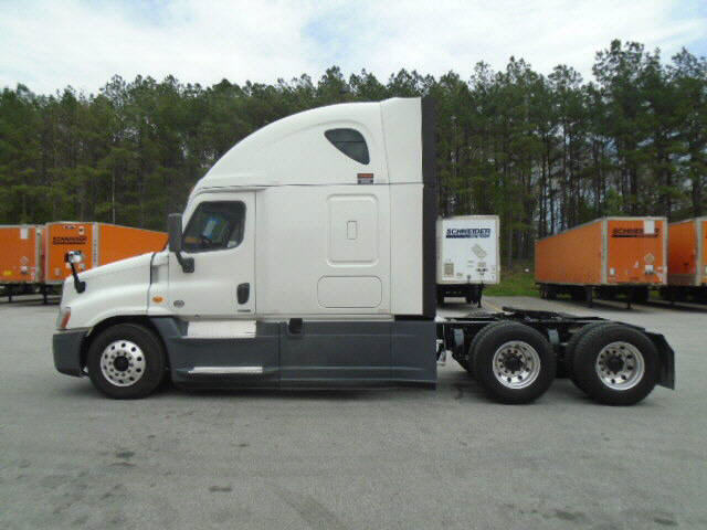 2014 Freightliner Cascadia for sale-59108266