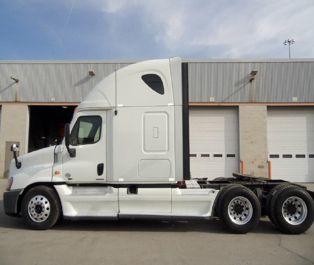 2012 Freightliner Cascadia for sale-55678981
