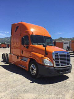 USED 2013 FREIGHTLINER CASCADIA SLEEPER TRUCK #85119