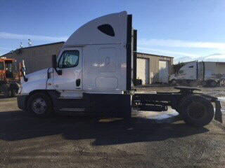 2016 Freightliner Cascadia for sale-59108257
