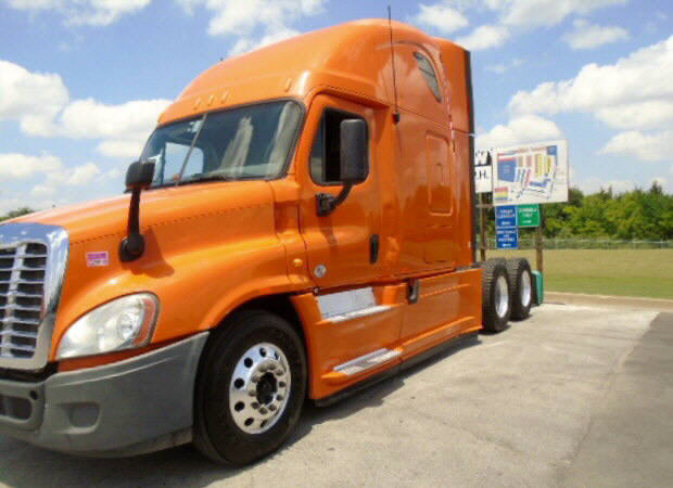 2013 Freightliner Cascadia for sale-54126181