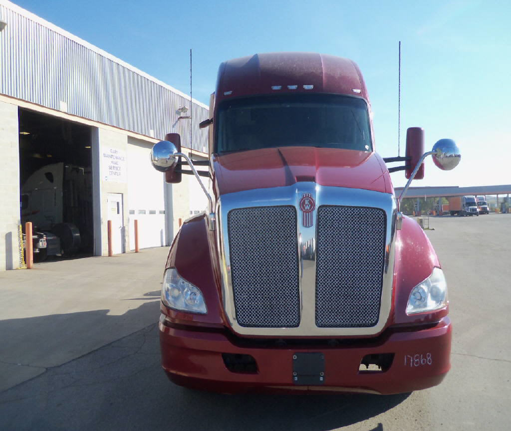 USED 2015 KENWORTH T680 SLEEPER TRUCK #101518