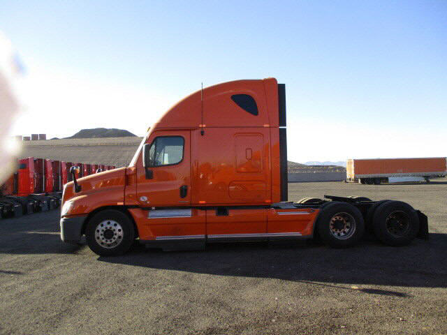 2012 Freightliner Cascadia for sale-57549991