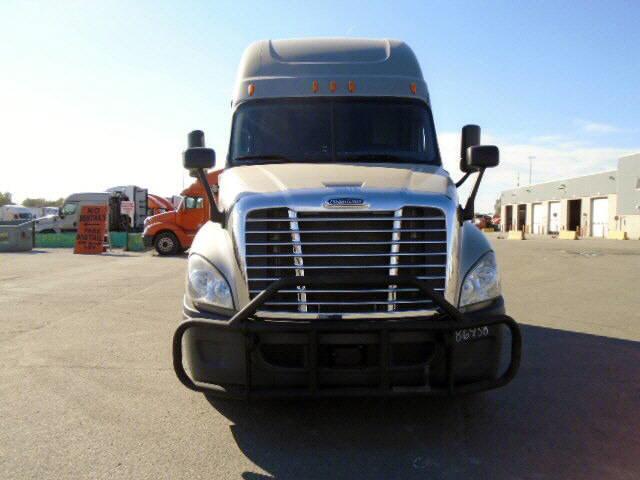 2014 Freightliner Cascadia EVO