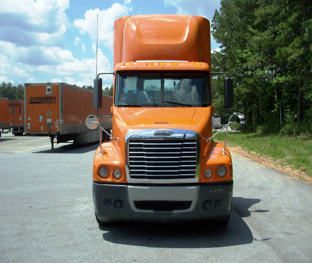 2011 Freightliner C120