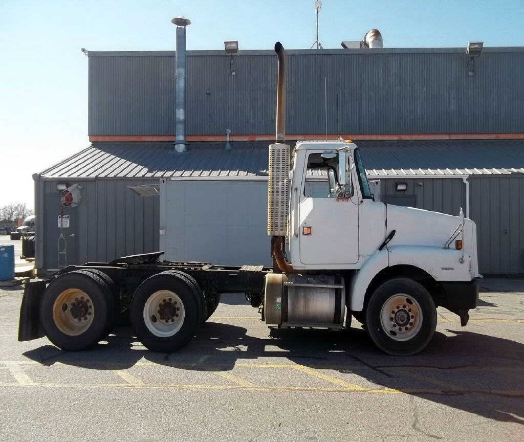 1997 Volvo WG64T for sale-59067311
