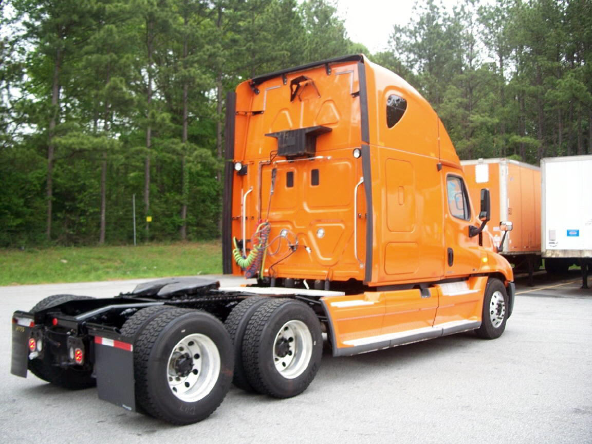 2012 Freightliner Cascadia for sale-56795621
