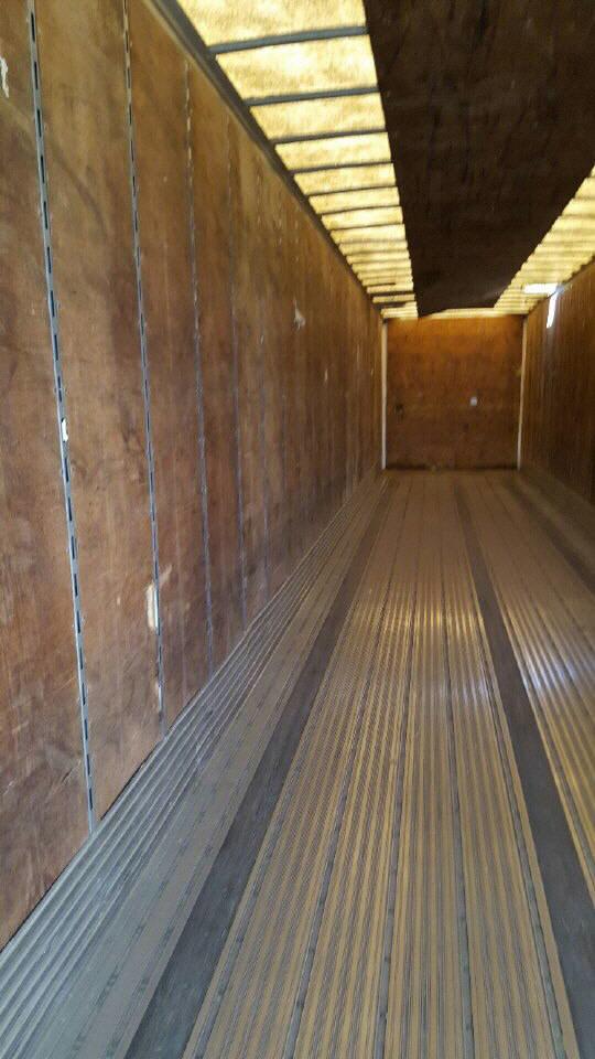 2001 Utility Van-Salvage for sale-57550411