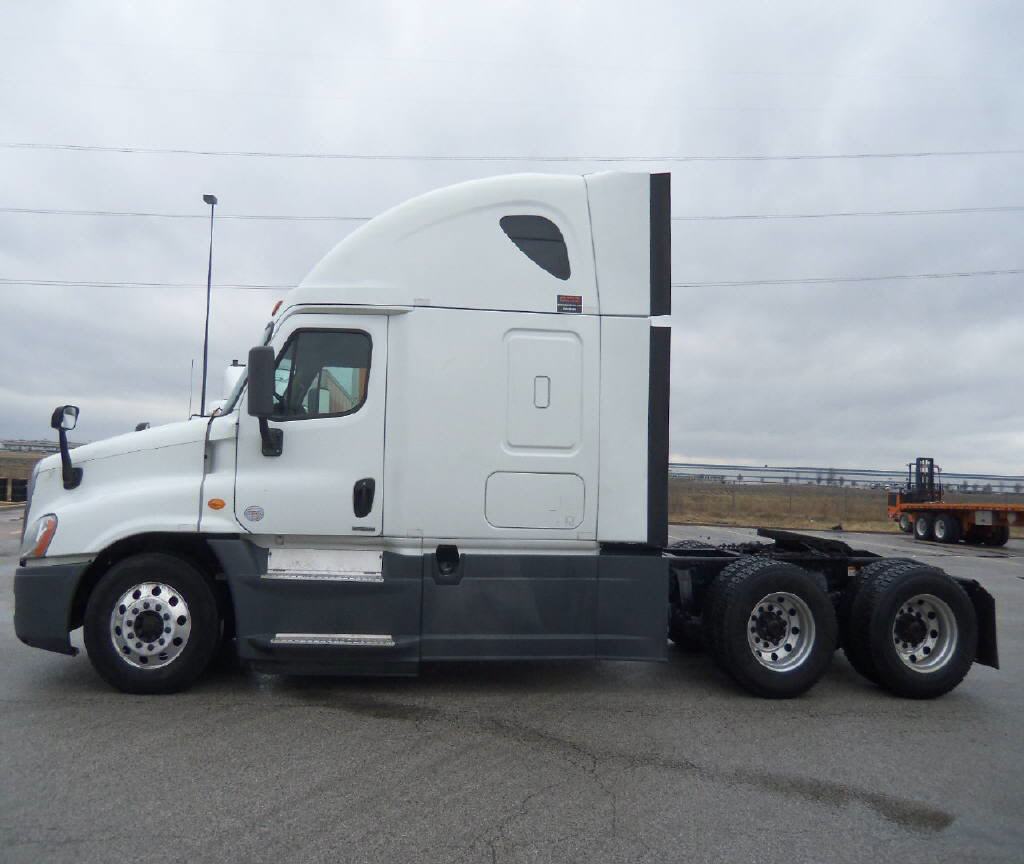 2014 Freightliner Cascadia for sale-59108190