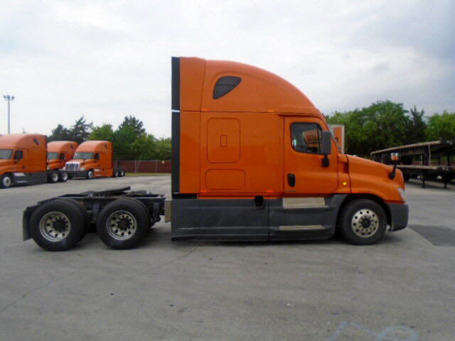 2014 Freightliner Cascadia for sale-59199428