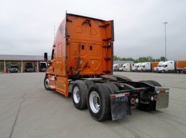 2013 Freightliner Cascadia for sale-56796421