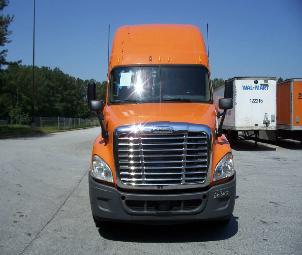 USED 2012 FREIGHTLINER CASCADIA SLEEPER TRUCK #84013