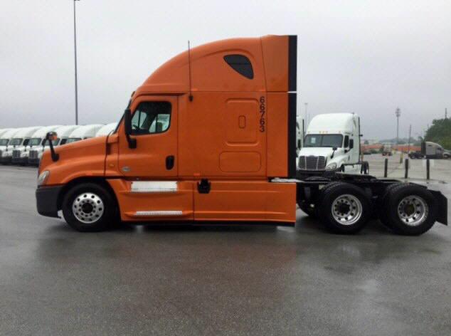 2013 Freightliner Cascadia for sale-56796471
