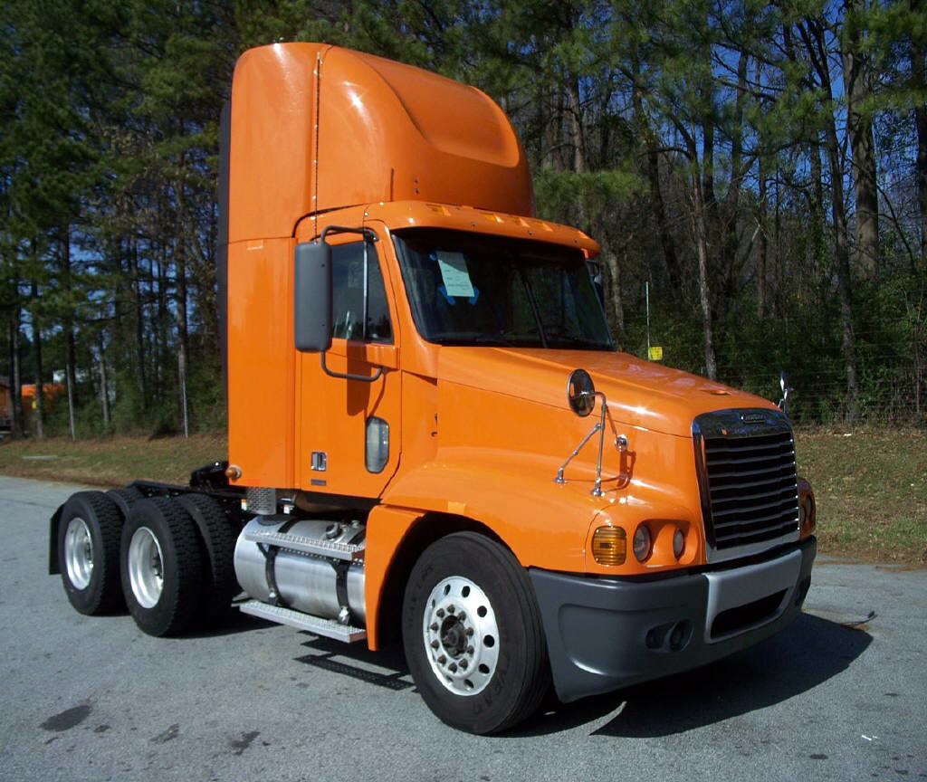 USED 2011 FREIGHTLINER C120 DAYCAB TRUCK #75287