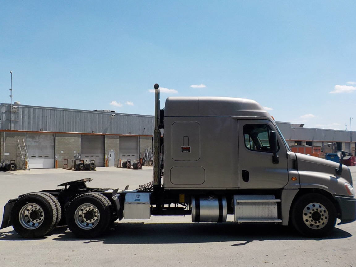 2015 Freightliner Cascadia EVO for sale-59108349