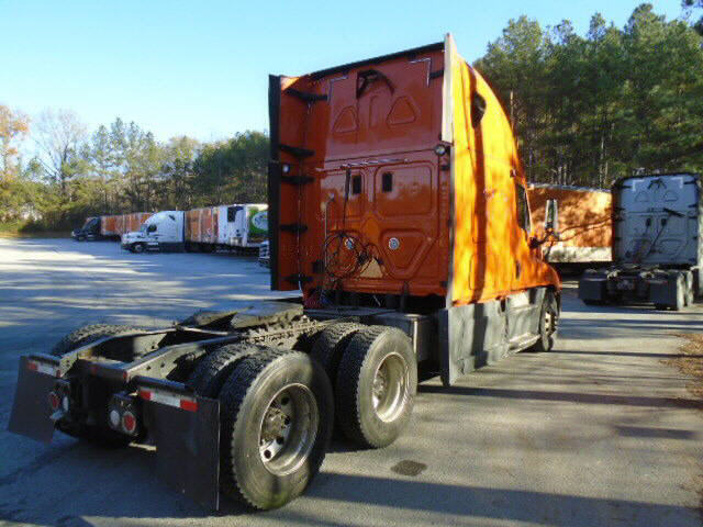 2013 Freightliner Cascadia for sale-54577101
