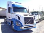 Used 2004 VOLVO VNL for Sale